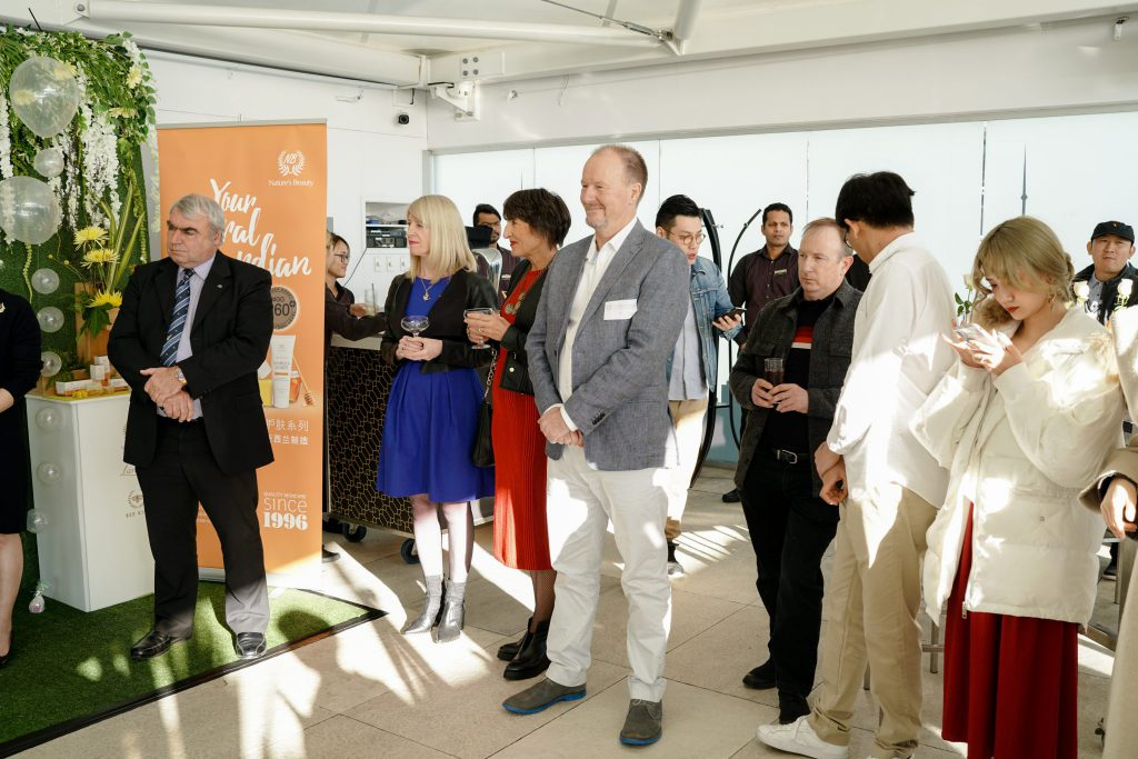 bee kiwi event guests and influencers
