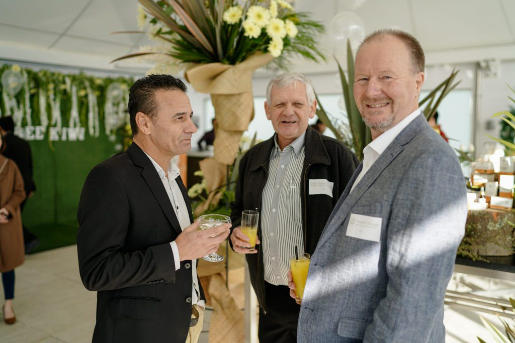 bee kiwi event visitors