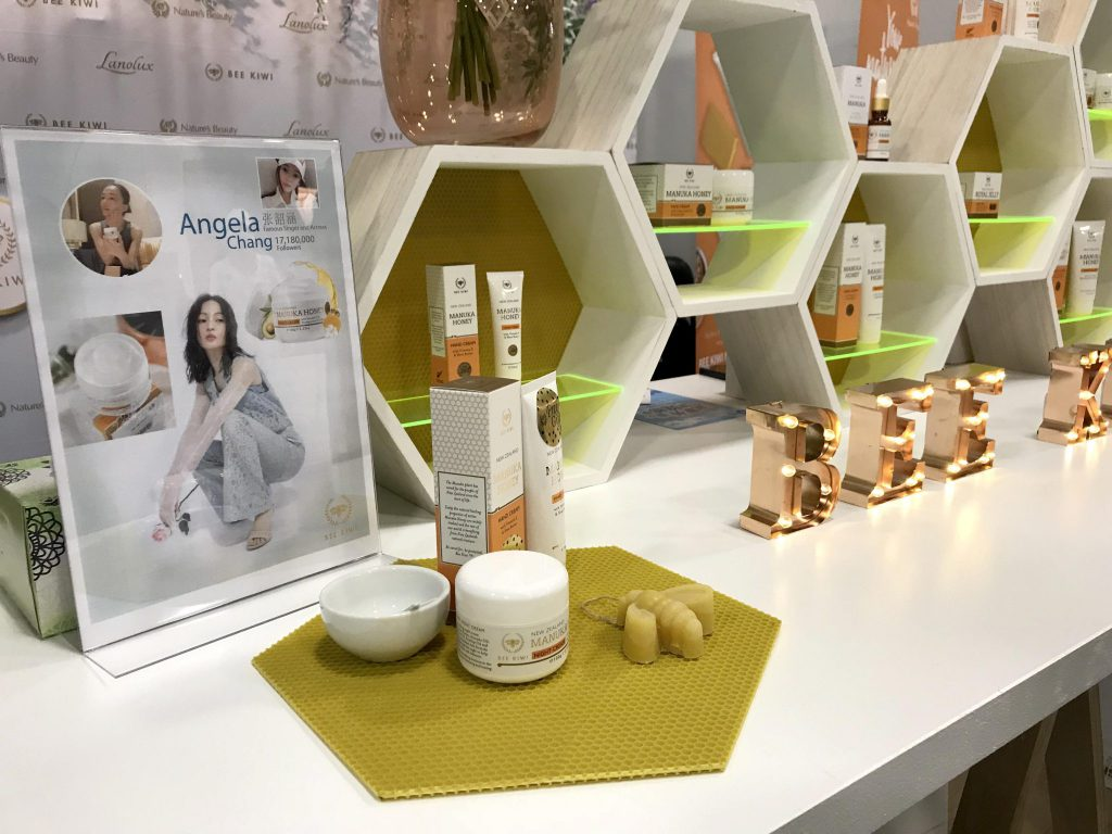 bee kiwi products with angela chang at lifestyle expo 2018 in auckland